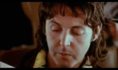"""El 16 de mayo de1976 alcanza el puestoNº 1 Billboard Pop Hit: """"Silly Love Songs"""",de Wings"""