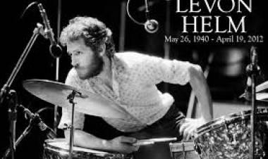 El 26 de mayo de1940 naceLevon Helm, fue Batería y vocalista deThe Band
