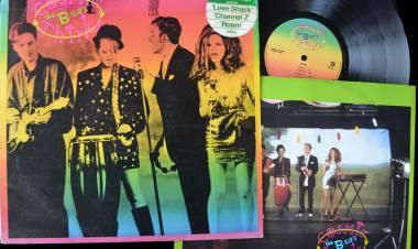 El 27 de junio de 1989The B-52's lanzan el álbum Cosmic Thing