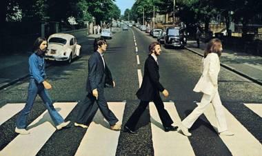 """Se cumplieron 51 años la famosa foto de tapa del disco """"Abbey Road"""" de Los Beatles"""