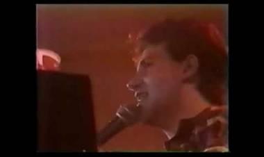 """Entre el 7 y 10 de agosto de 1985 se presenta """"Rockas Vivas"""" de Miguel Mateos y Zas en el Luna Park"""