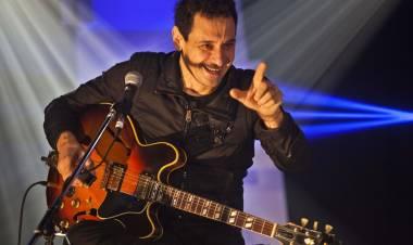 El 17 de agosto de 1957 nace Ricardo Mollo