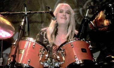 El 22 de agosto de 1961 nace Debbi Peterson