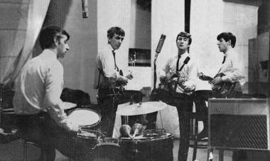 Primera sesión de grabación como artistas del sello Parlophone