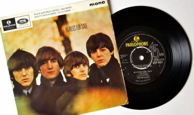 "El 6 de abril de 1965 se lanzan el EP ""Beatles for Sale"""