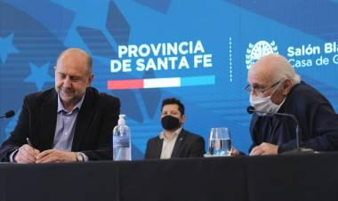 """Perotti: """"Nos comprometimos a trabajar por una Santa Fe sin ranchos y en esa dirección vamos"""""""