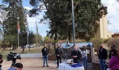 En San Guillermo se entregaron aportes y se firmaron convenios para más Iluminación LED en el Departamento San Cristóbal