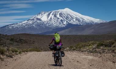 Jorge Peroni nos lleva a seguir conociendo la provincia de Neuquén