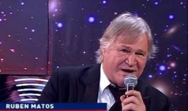 Rubén Mattos, una de las caras de Alta Tensión y aquella música nacional de los años 70