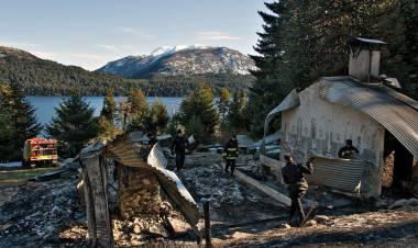 Diego Frutos, dueño de la Cristalina, cabaña incendiada por grupos mapuches en Villa Mascardi