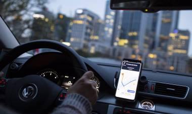 """Sergio Dirrito: """"El ente de control debe definir la situación de Uber para asegurar el pasajero transportado"""""""