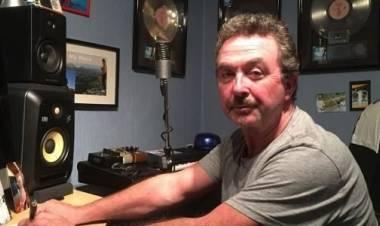 Falleció Tony Lewis, cantante y bajista de The Outfield