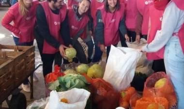 Mariel Wicky nos da detalles del funcionamiento del banco de alimentos Santa Fe