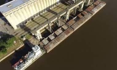"""Laura Spina: """"Hay que ampliar el calado y los servicios del puerto de Santa Fe"""""""