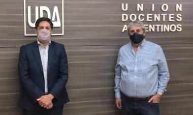 En la sede de UDA, el ministro Trotta confirmó la convocatoria a