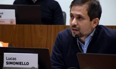 """Simoniello: """"Trabajamos por equilibrar lo urgente con lo importante para la ciudad"""""""