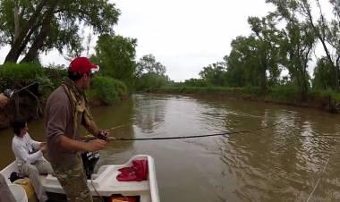 Cabañeros santafesinos rechazan la medida de veda pesquera en la provincia