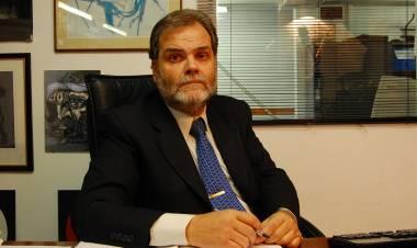 """Eugenio Semino: """"Nosotros veníamos advirtiendo el uso clientelar de la vacuna """""""