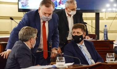 """La legislatura dio marcha atrás con el """"impuestazo"""" en la patente automotor del Gobierno Provincial"""