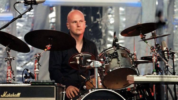 El 23 de mayo de1967 nacePhil Sewlway baterista deRadiohead