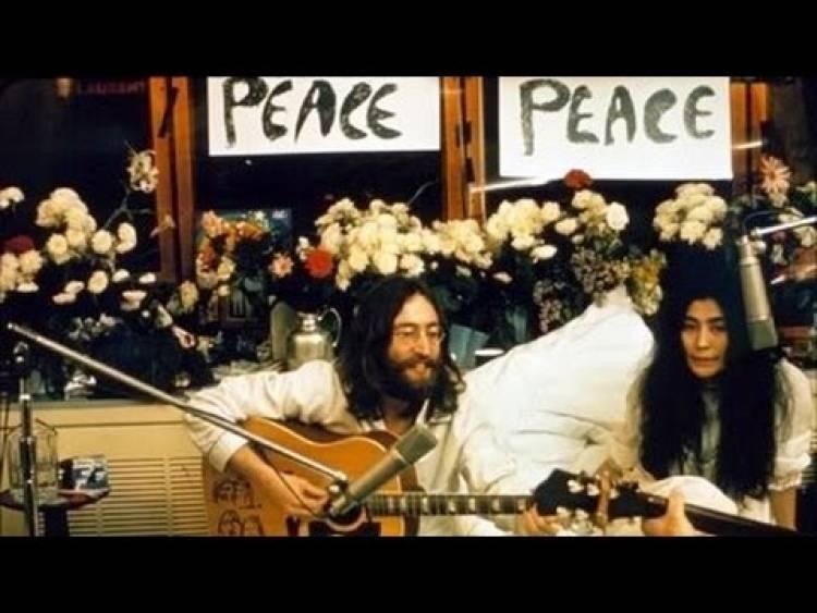"""El 31 de mayo de 1969 se graba """"Give peace a chance"""" en un hotel de Montreal"""