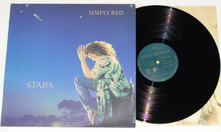 El 30 de setiembre de 1991 se lanza el álbum Stars de Simply Red