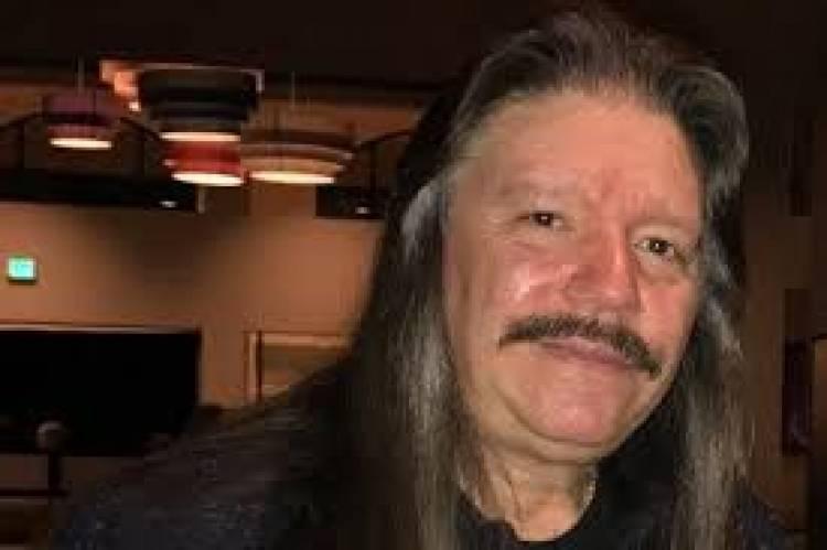 Fallece Lou A Kouvaris, exguitarrista de Riot y actualmente en Riot Act, por coronavirus