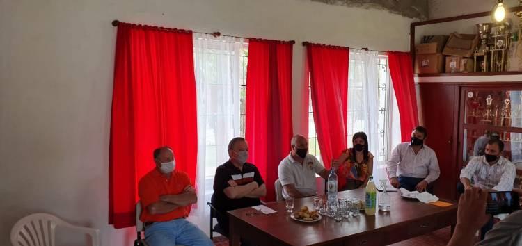 El Senador Michlig visitó Hersilia y entregó aportes económicos a instituciones de bien público