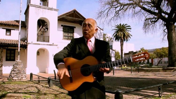 René Aráoz toda una vida dedicada a la música del litoral