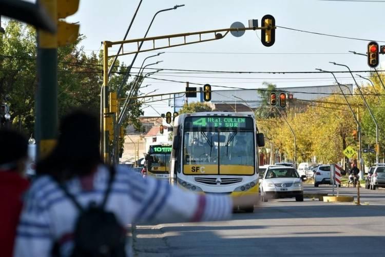 Tarifazo en el transporte: el boleto sube muy por encima de lo recomendado por el Organo de Control