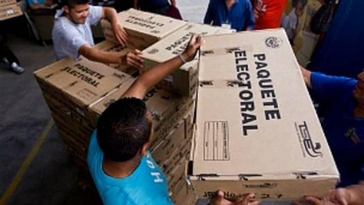 Cristian Riom y el análisis de las elecciones legislativas en El Salvador