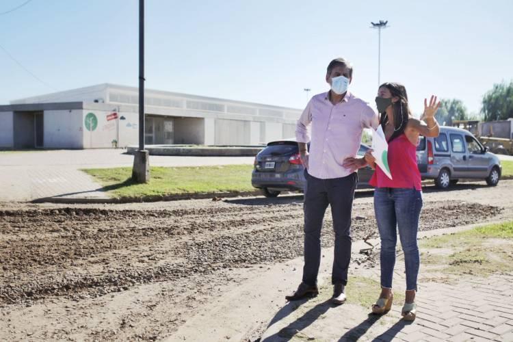 La Municipalidad mejora la accesibilidad a instituciones educativas de los barrios Santa Rosa de Lima y Atilio Rosso