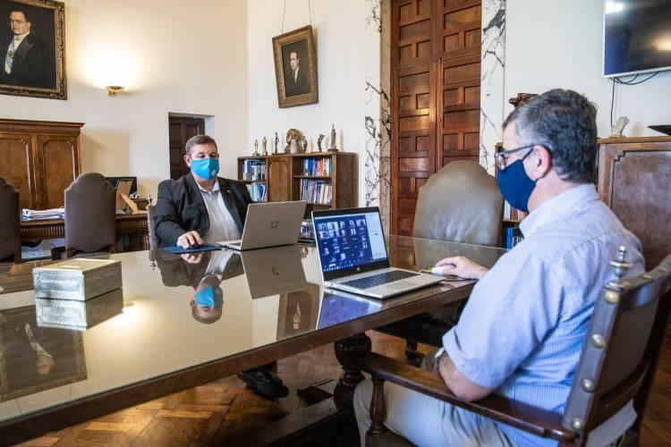 La UNL brindó una conferencia virtual a sus estudiantes internacionales
