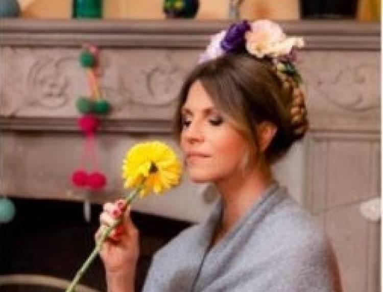 """Marcela Morelo presenta el videoclip de """"Como la Flor"""""""