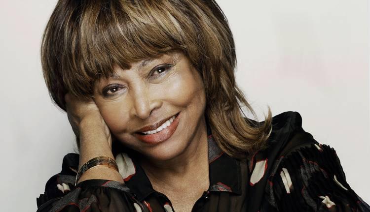Tina Turner vende todo su catálogo a BMG