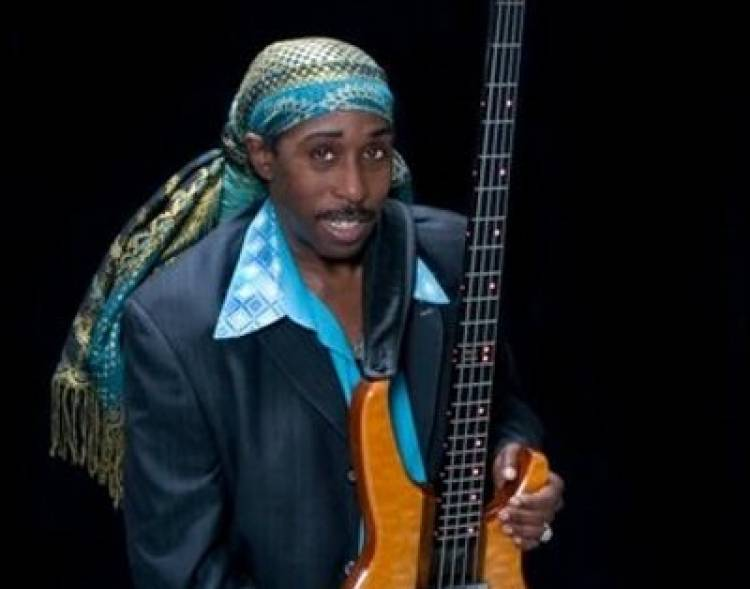 Murió Deon Estus, bajista de Wham! y George Michael